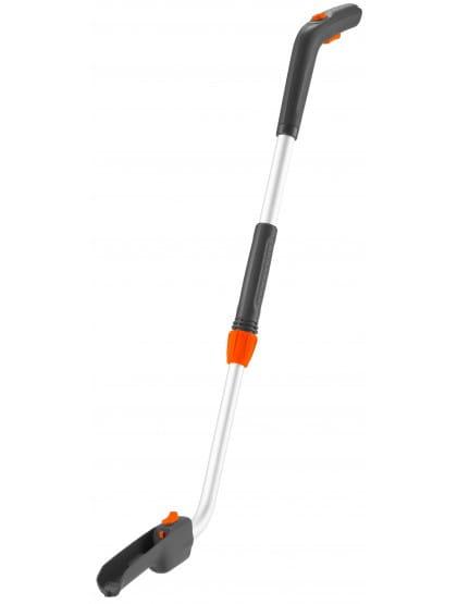 Рукоятка телескопическая Gardena с опорными колесами для аккумуляторный ножниц