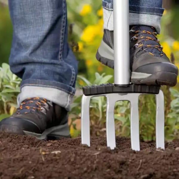 Садовые лопаты и вилы