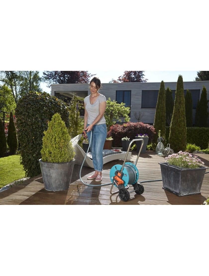 Тележка Gardena AquaRoll S со шлангом Classic, 20м  и комплектом для полива